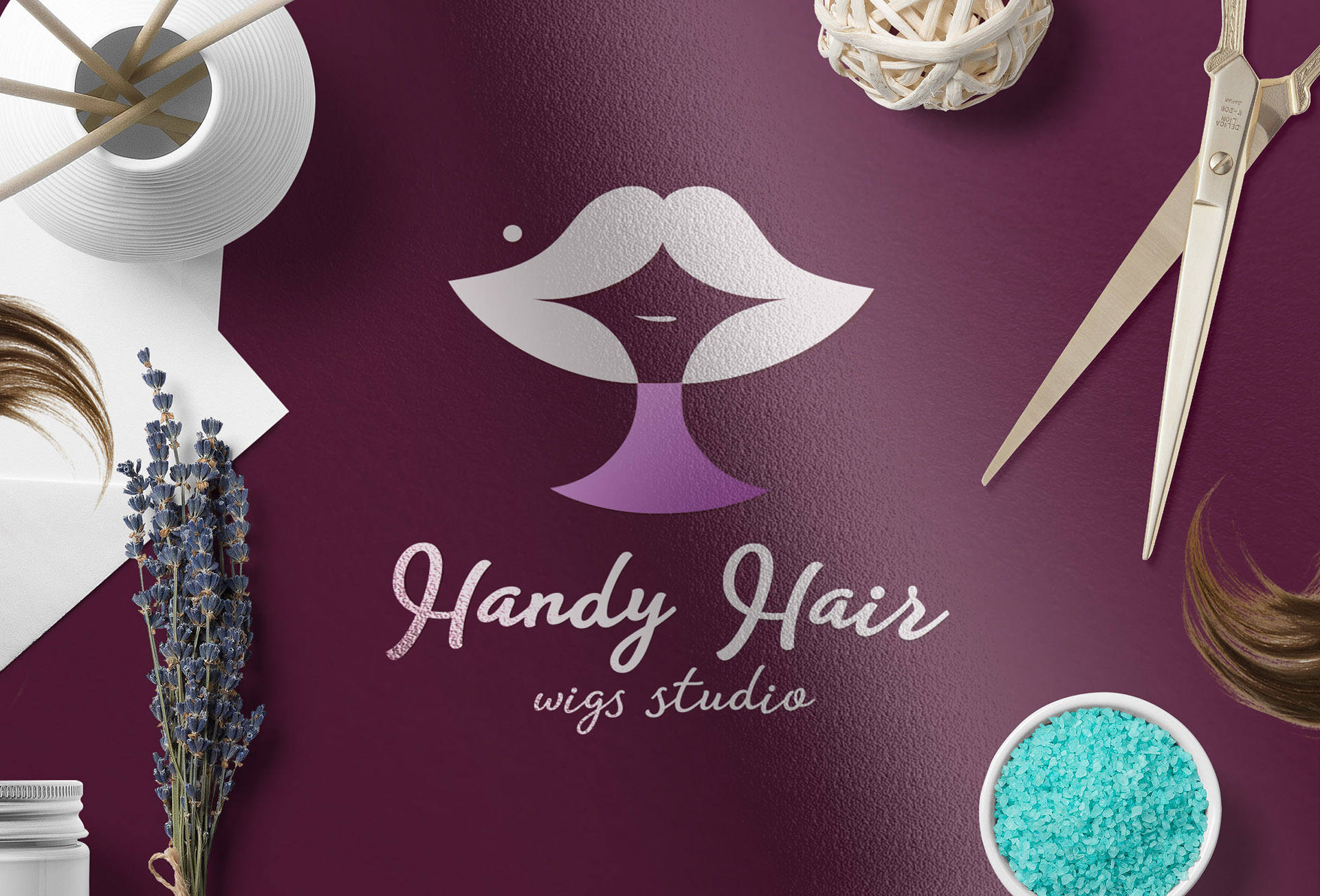 Логотип компании по производству париков